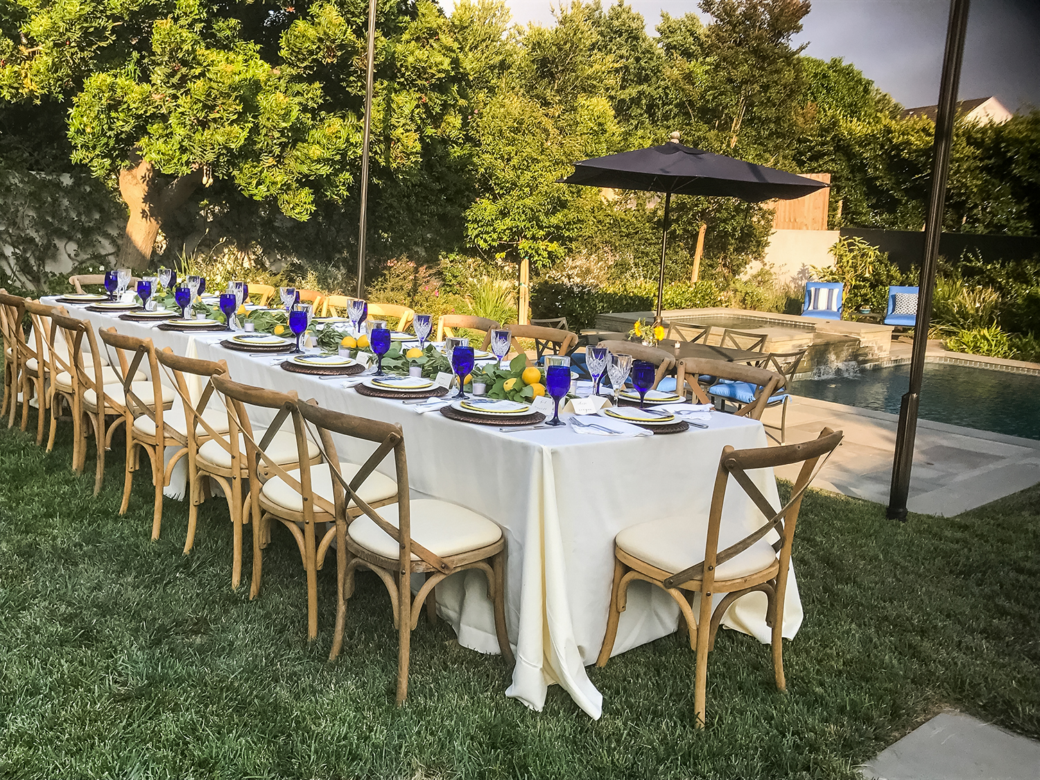 Outdoor Dining Table - Catering Service